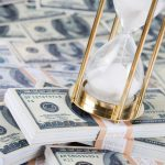 Гроші і годинник