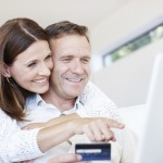 Couple-on-Computer-iStock_000018264431Medium