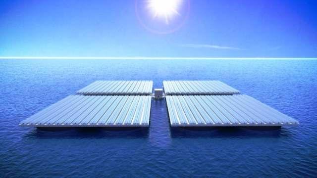 Система сонячних батарей на воді