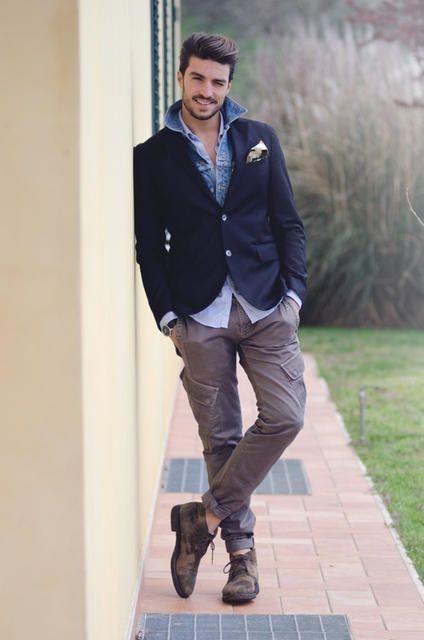 Обирайте одяг, що візуально робитиме вас більшим