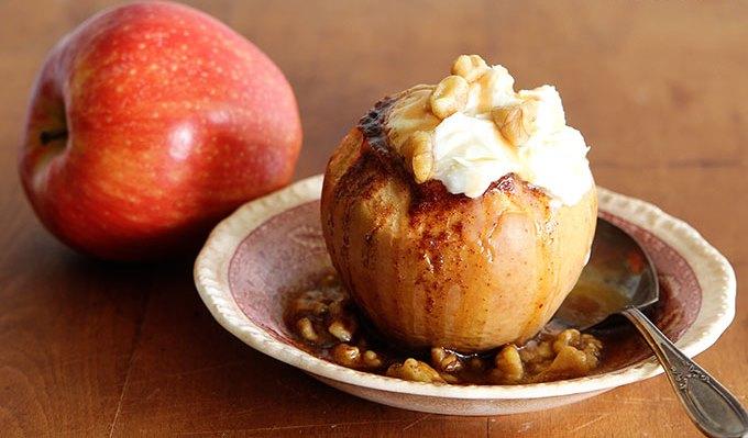 Печені яблука