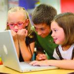 Як захистити дитину в онлайн просторі?